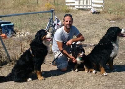 adiestrador-senior-latejera-con-perros